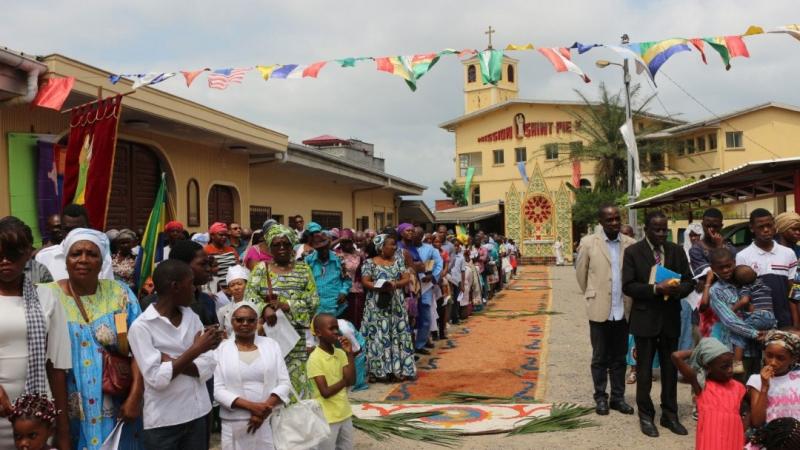 Fête-Dieu Libreville Gabon FSSPX 2019